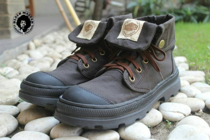 Jual Free Sale !!! Sepatu Pria Boots Black Master Paladium Original ... 3bbdc9a249