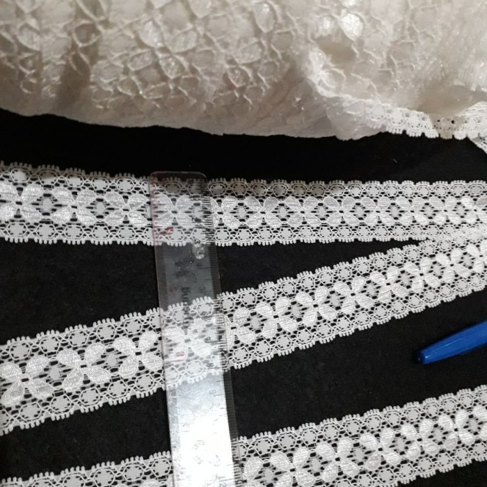 harga Renda elastis putih kecil perrol panjang 15y Tokopedia.com