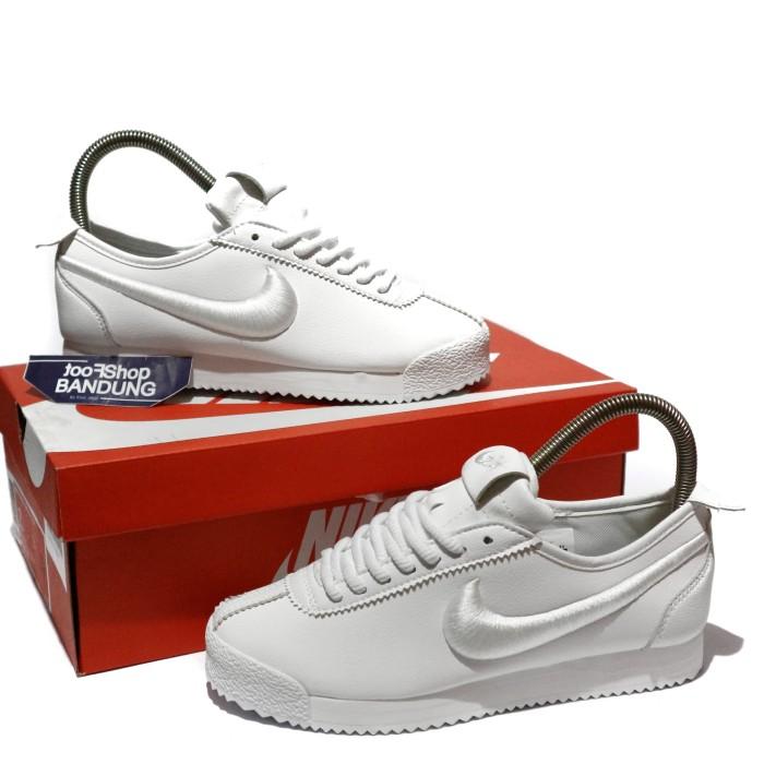 brand new f4cf6 33b98 Jual Sneakers Womens Nike Cortez 72 SL Triple White 37 - 44 Premium - Kota  Bandung - footshop | Tokopedia