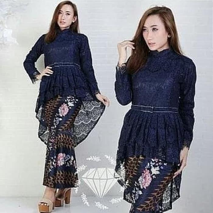 Jual Kebaya Moderen Model Pinguin Kebaya Wisuda Terbaru Navi Dki Jakarta Risti Fashion04071 Tokopedia