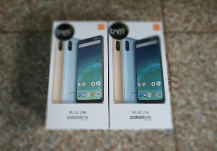 Jual Handphone Xiaomi Mi A2 Lite 4 64 Biru Kota Surabaya