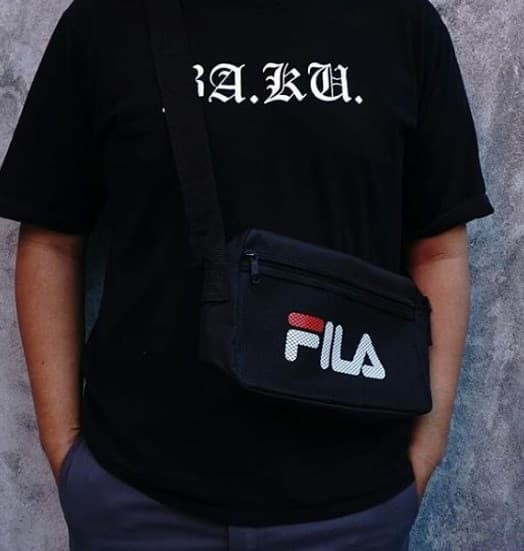FILA SPECIAL SLING BAG (E-Mook Magazine Appendix 2018) - BNF000156 28a06320d4705