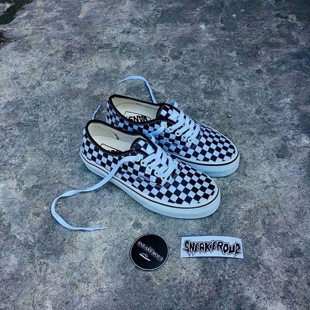sepatu vans authentic classic checkerboard premium original quality ok 2329e2ac2d