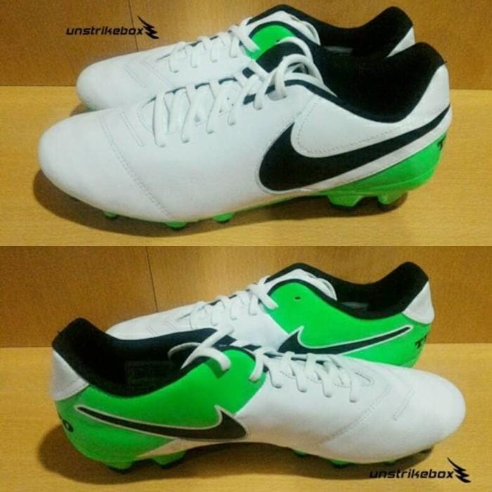 brand new 597c6 8365e Jual Nike Tiempo Genio II FG - White Green | Sepatu Bola Nike BNIB Murah -  Kota Bandung - abadi storeee | Tokopedia