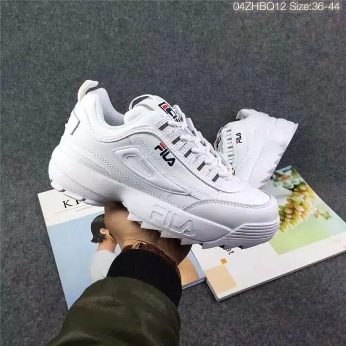 Jual Sepatu Fila Disruptor 2 Untuk Laki - Laki Abg pria  bd2d4cb736