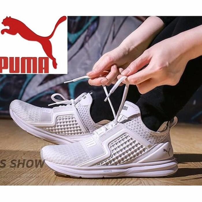 Info Model Sepatu Sneakers Pria DaftarHarga.Pw