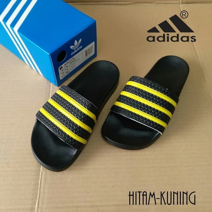 0b9472f451a191 Jual Sandal Adidas Adilette Original BNIB - Kab. Tangerang - lexsnoe ...
