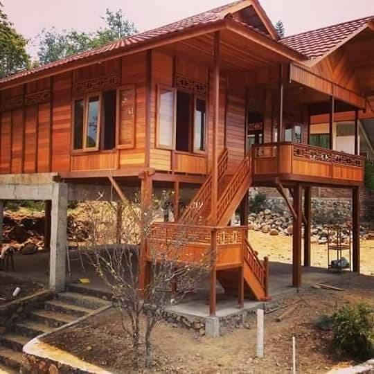 28758613 eafcfd22 d424 4dc5 8f29 a309e1b6ea9f 540 540 - Tenang Banget, Berikut Ini Model Rumah Kampung Menawan!