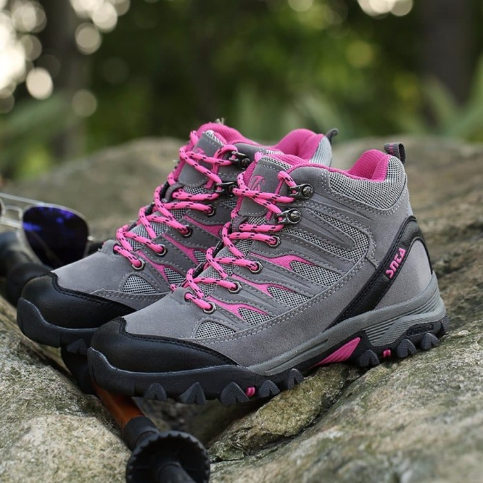 EXCLUSIVE Sepatu Gunung Wanita Sepatu Hiking Wanita SNTA Outdoor 605 a339880442