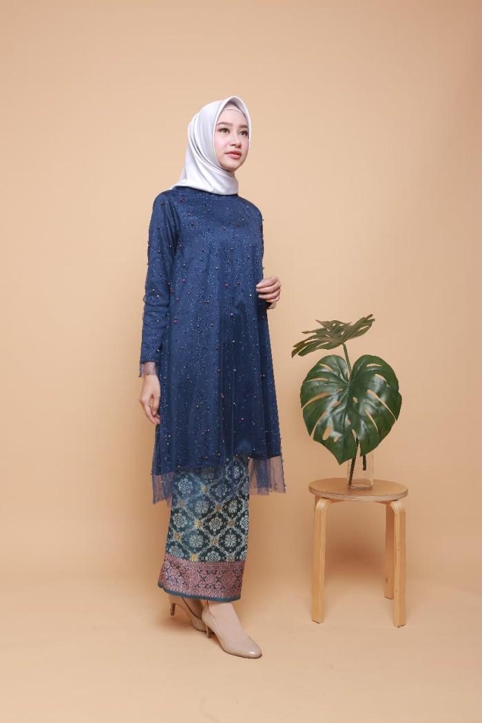 Jual Kebaya Wisuda Kebaya Hijab Modern Tunic Pearly Navy Kota Surakarta Solokebaya Net Tokopedia