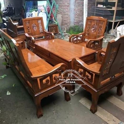 Desain Ruang Tamu Super Mewah jual meja kursi ruang tamu model besar mewah kursi ukir jepara free ongkir kab jepara seni jati ukiran jepara tokopedia