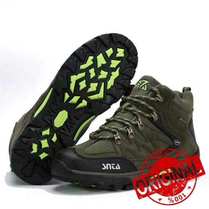 Harga Jual Sepatu Gunung - Sepatu Hiking - Sepatu Outdoor Pria SNTA ... cb7a20c380