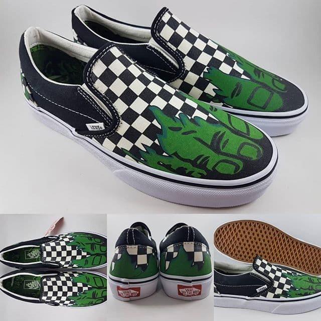 Jual Sepatu Kets Vans X Marvel Slip On Hulk Checkerboard Black Green ... 577b011dc3