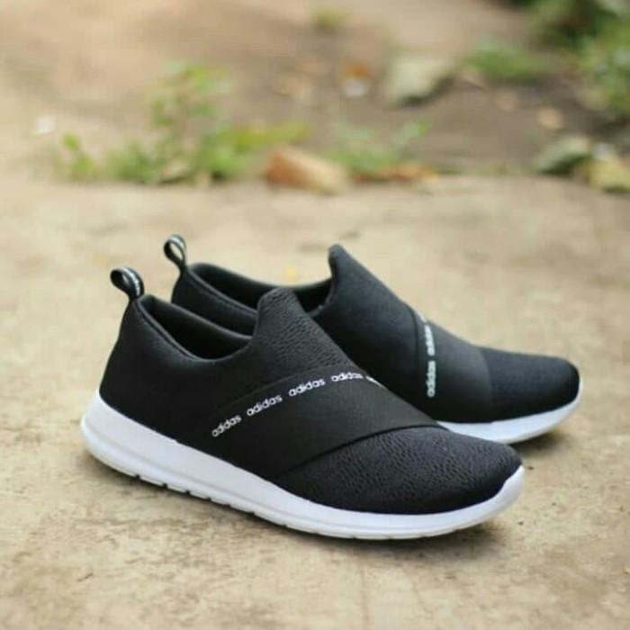 adidas slip on white indonesia
