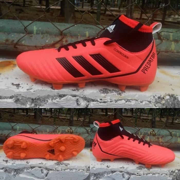 75c26433cc1 Jual Sepatu Bola Adidas Predator 18+ Oren list Hitam Grade Ori ...