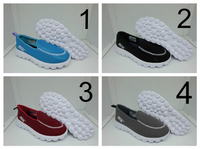 Sepatu Wanita Skechers Slip On - Sneakers Skechers GO Walk Cewek Murah c9dd74cfb7