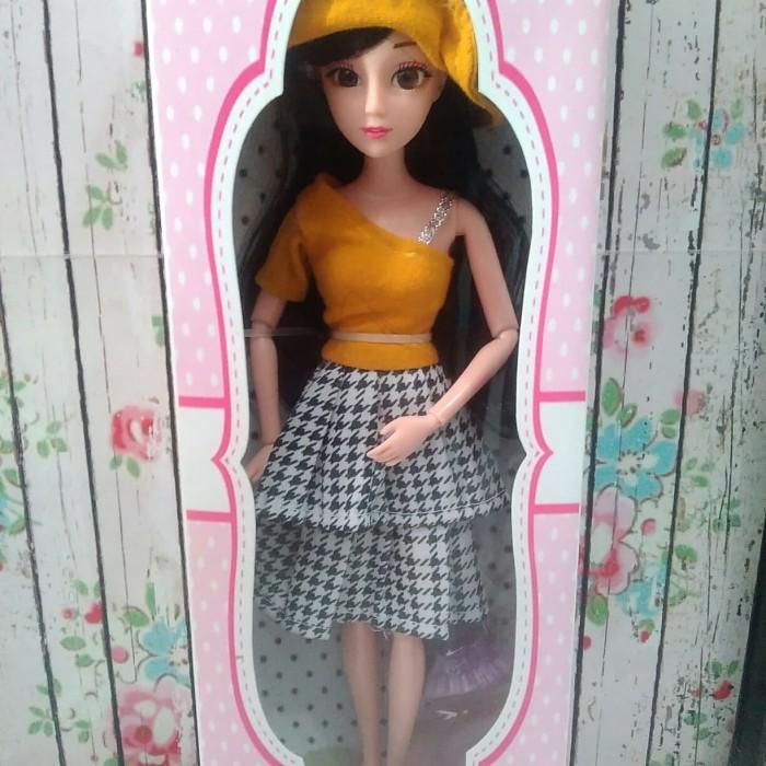 ... harga Edisi terbaru !! boneka barbie pivotal black hair mata 3d with  box Tokopedia. 507079b939