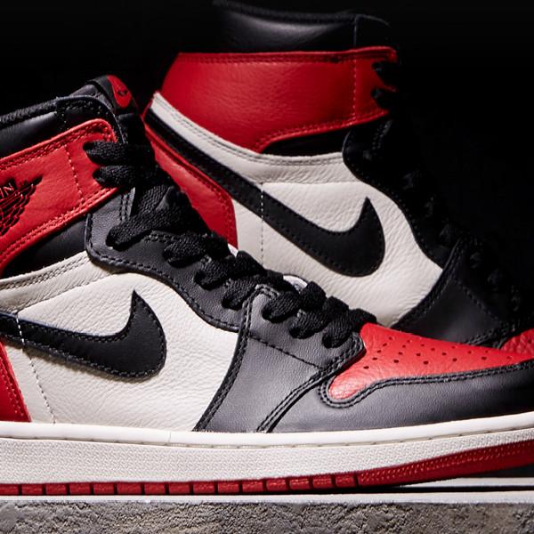 794ee3176a0795 Jual Sepatu basket Jordan 1 Red Toe -