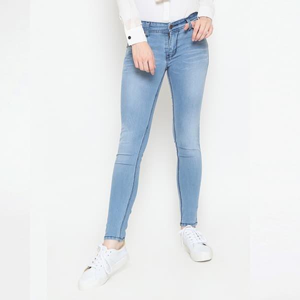 Jual 2Nd RED Celana Jeans Slim Fit Wanita Skinny Jeans Biru Muda 233205 Biru Muda, 30 Kab. Bandung Barat 2nd RED Jeans | Tokopedia