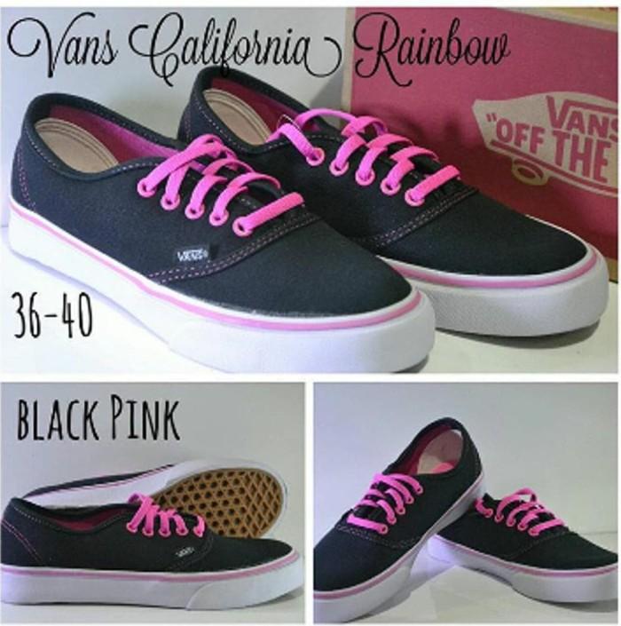 dcaa361596 Jual Sepatu Vans California Women Color Black Pink Sepatu kets Cewek ...