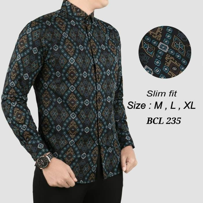 42 Gambar Baju Batik Cowok Keren Paling Hist