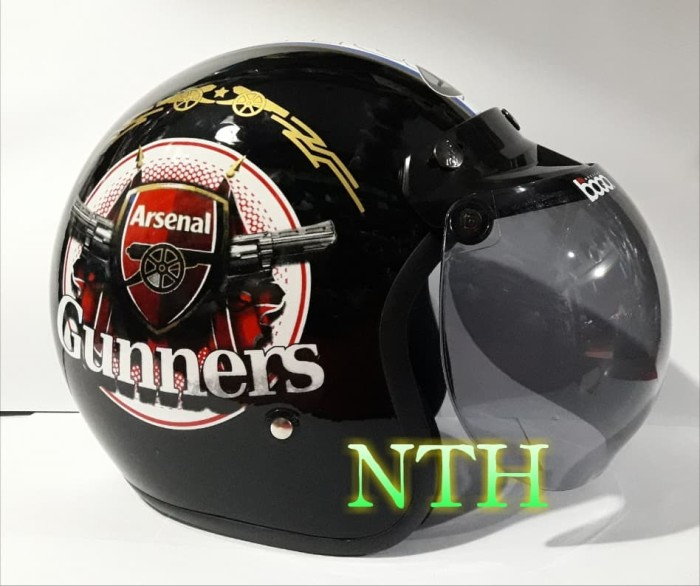 harga Helm retro motif club bola arsenal kaca bogo ori.bukan helm ltd Tokopedia.com