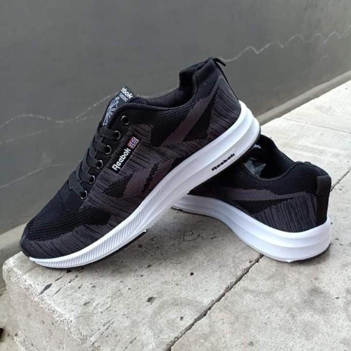 Sepatu reebok zpump fusion harga Sepatu reebok zpump fusion Tokopedia.com.  Rp. 249000 f8fb0659d8