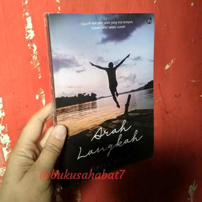 Foto Produk BUKU ARAH LANGKAH FIERSA BESARI dari Buku Sahabat 7