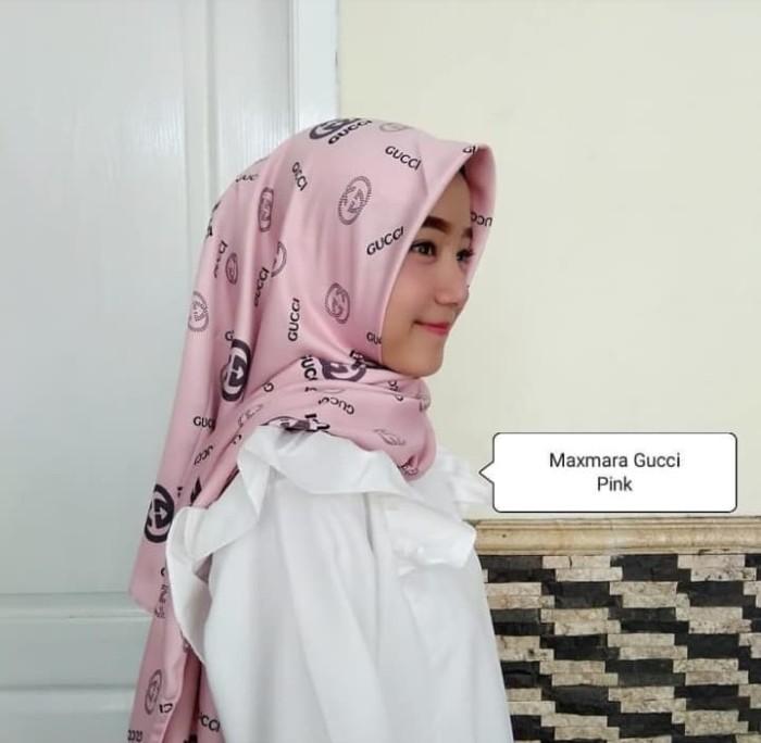 35a17636fae Jual Neww!! Hijab Jilbab Motif Maxmara Square Gucci - Beige - Kota ...