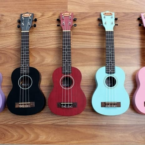 harga Bonus tas ! gitar ukulele makoa type soprano varian warnaa Tokopedia.com