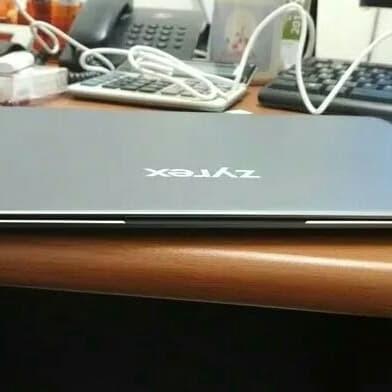 """Laptop zyrex 232s 14"""""""