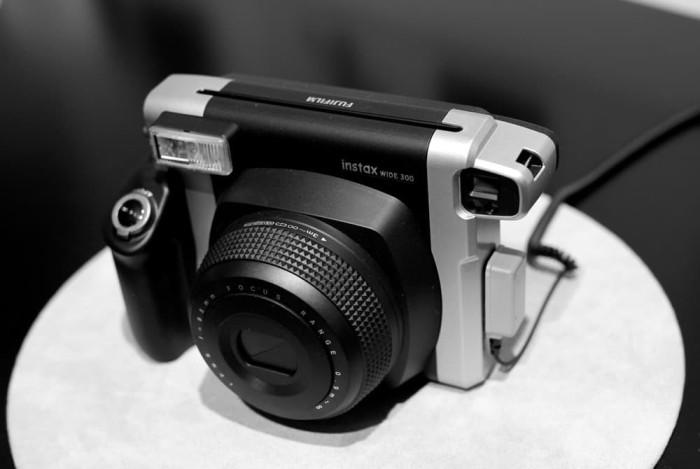 Limited Kamera Fujifilm Instax Polaroid Mini Wide 300