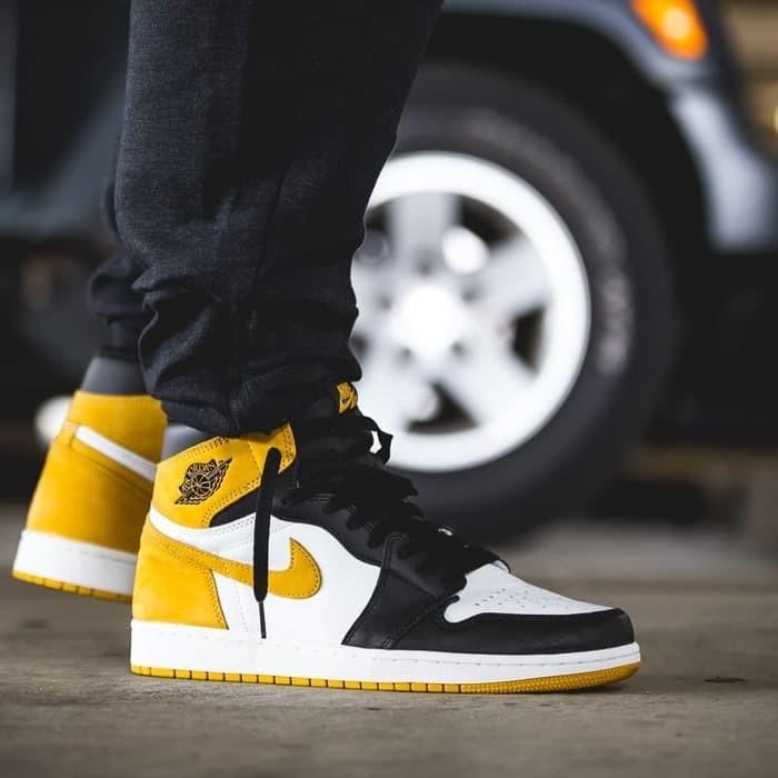 Sepatu Basket Nike Air Jordan Retro