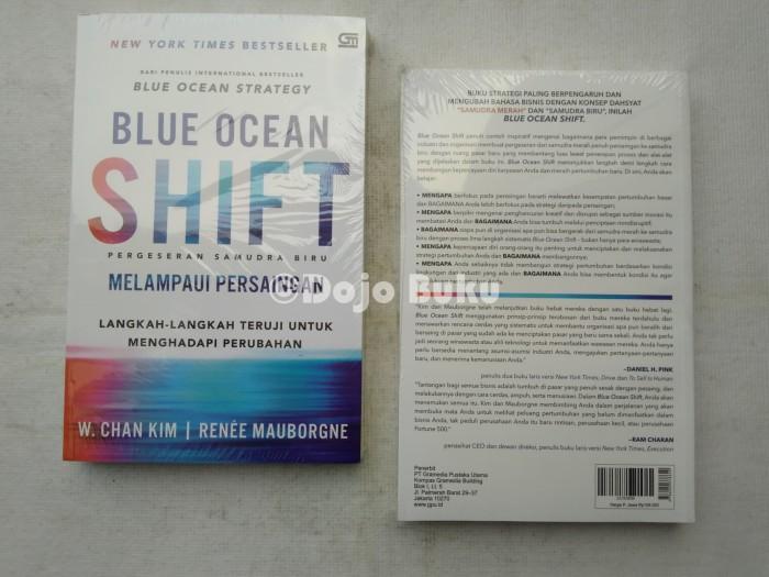 Foto Produk Blue Ocean Shift Beyond Competing by W Chan Kim dari Dojo Buku