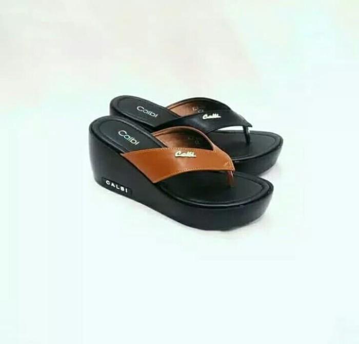 harga Sandal wanita wedges japit calbi kle 648 hitam coklat Tokopedia. 86849c74b2