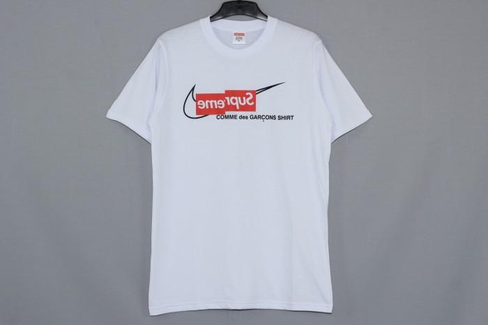 457c8554 Jual Kaos / Tshirt Supreme x Comme Des Garcon x Nike - Putih, L ...