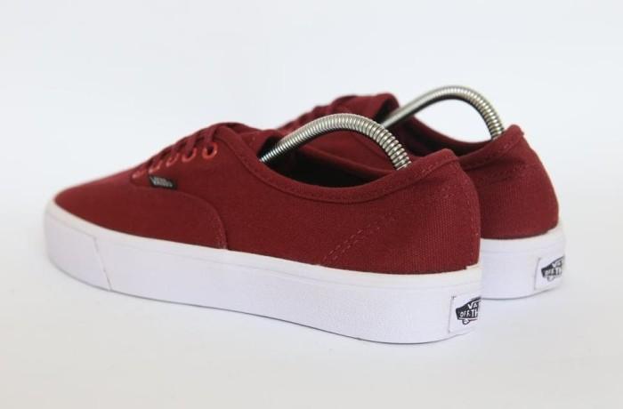 Jual Sepatu Vans Authentic Mono Marun Merah Maroon Waffle Icc Harga 3b2b25ecdf