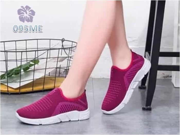 Jual Sepatu Wanita Slip On Victory - 095 - Ungu, 36 promo