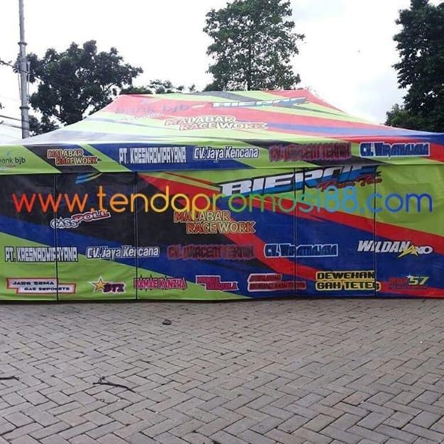 Foto Produk Jual Tenda Lipat Paddock Balap Keren dari Berkah Media Promosi