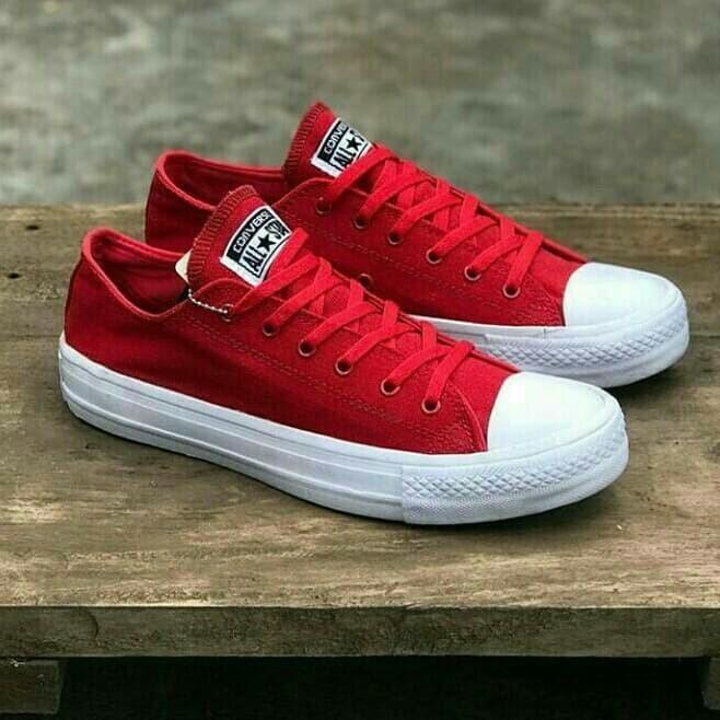 sepatu Converse Chuck Taylor II import termurah cowok cewek kuliah neo add9b45478