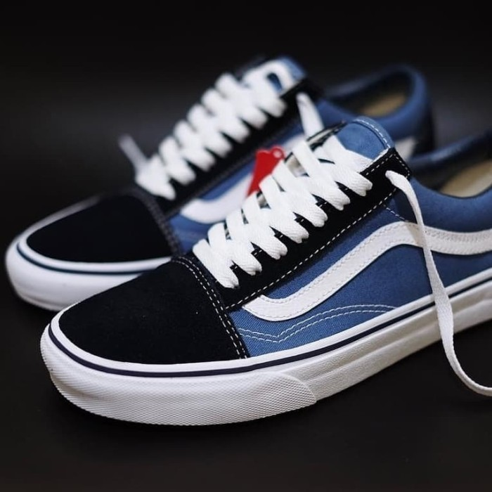 Jual Sepatu Vans Old Skool Navy Classic - ORIGINAL 100% Vans ... 48ee139a59