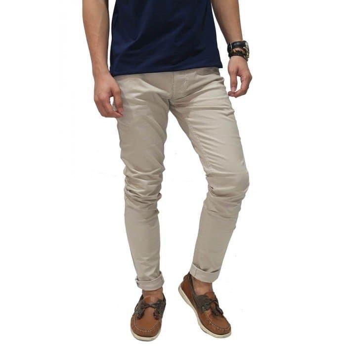 Hasil gambar untuk celana warna khaki