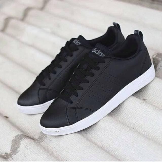 Sepatu Kets Adds Yeezy Full Black - Wikie Cloud Design Ideas bd8bcc9c5e