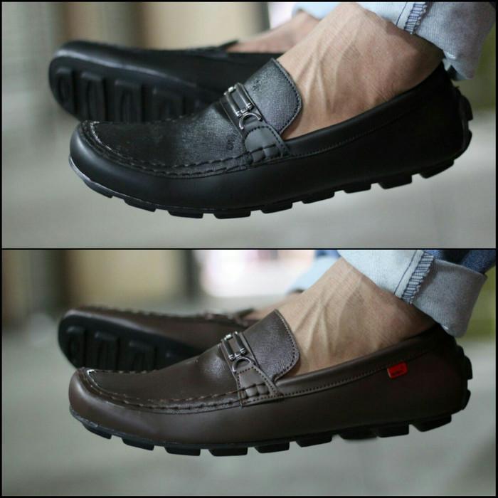 Jual Sepatu Kickers Pria Slip On Casual Gucci Men - Pustaka Sepatu ... 40a401f51b