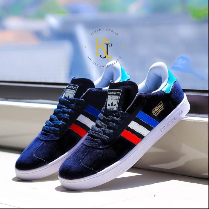 harga Sepatu pria adidas kets casual sneakers import termurah Tokopedia.com