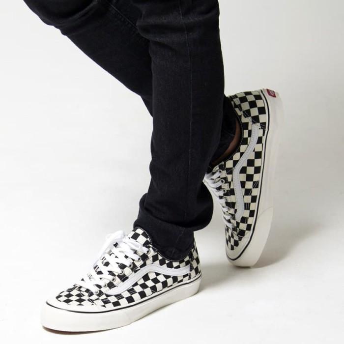 vans style 36 decon checkerboard