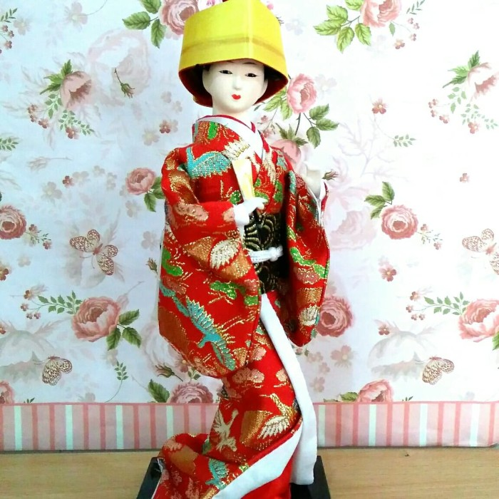 Jual geisha doll   pajangan geisha jepang   souvenir jepang   geisha ... f01a8c7fc1