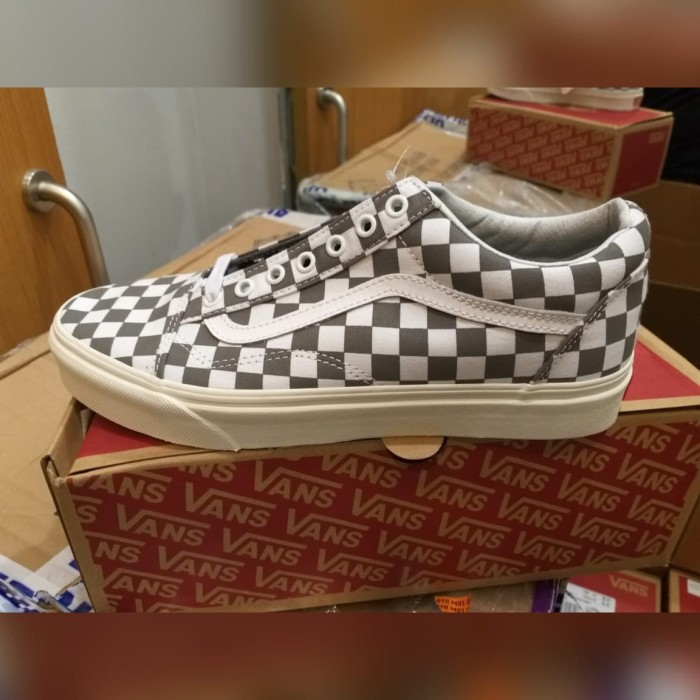 870533a501 Jual Sepatu Vans Old Skool Checkerboard Pewter Marshmallow Original ...