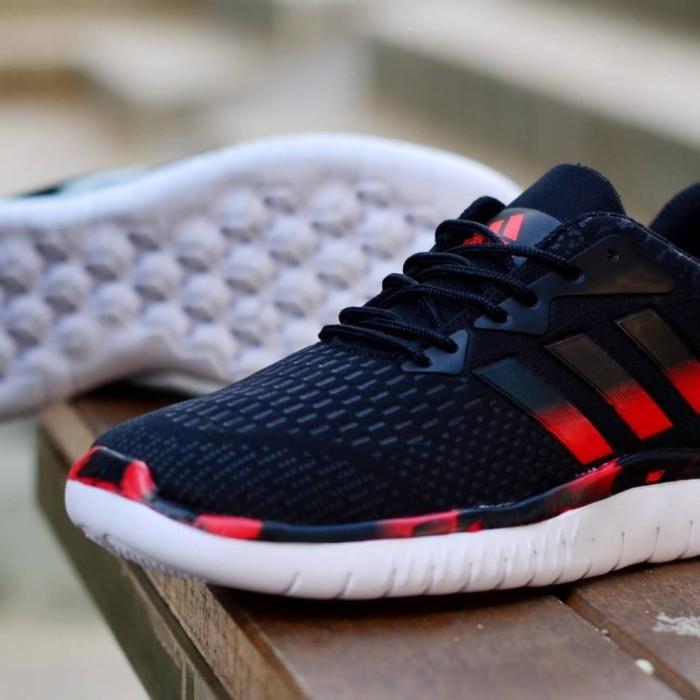 fc160d77ca6d Jual Sepatu Running pria Adidas Springblade Marathon - Bandung ...