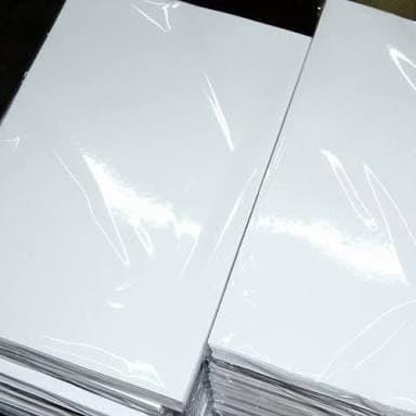 Foto Produk Kertas Foto Glossy 120 gram Isi 100 Lembar Ukuran A4 dari Paperman